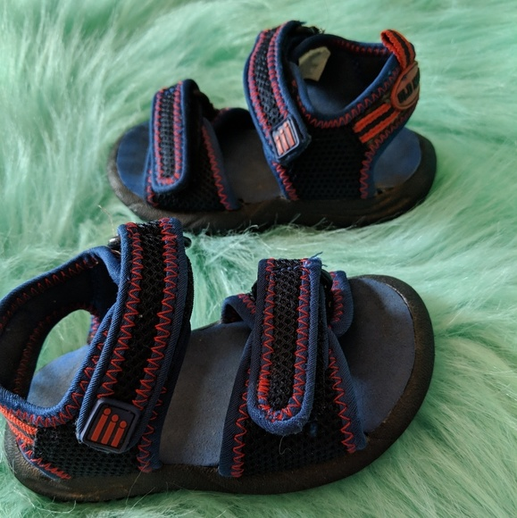 Old Navy Other - Baby Boys Old Navy Sandals Size 5